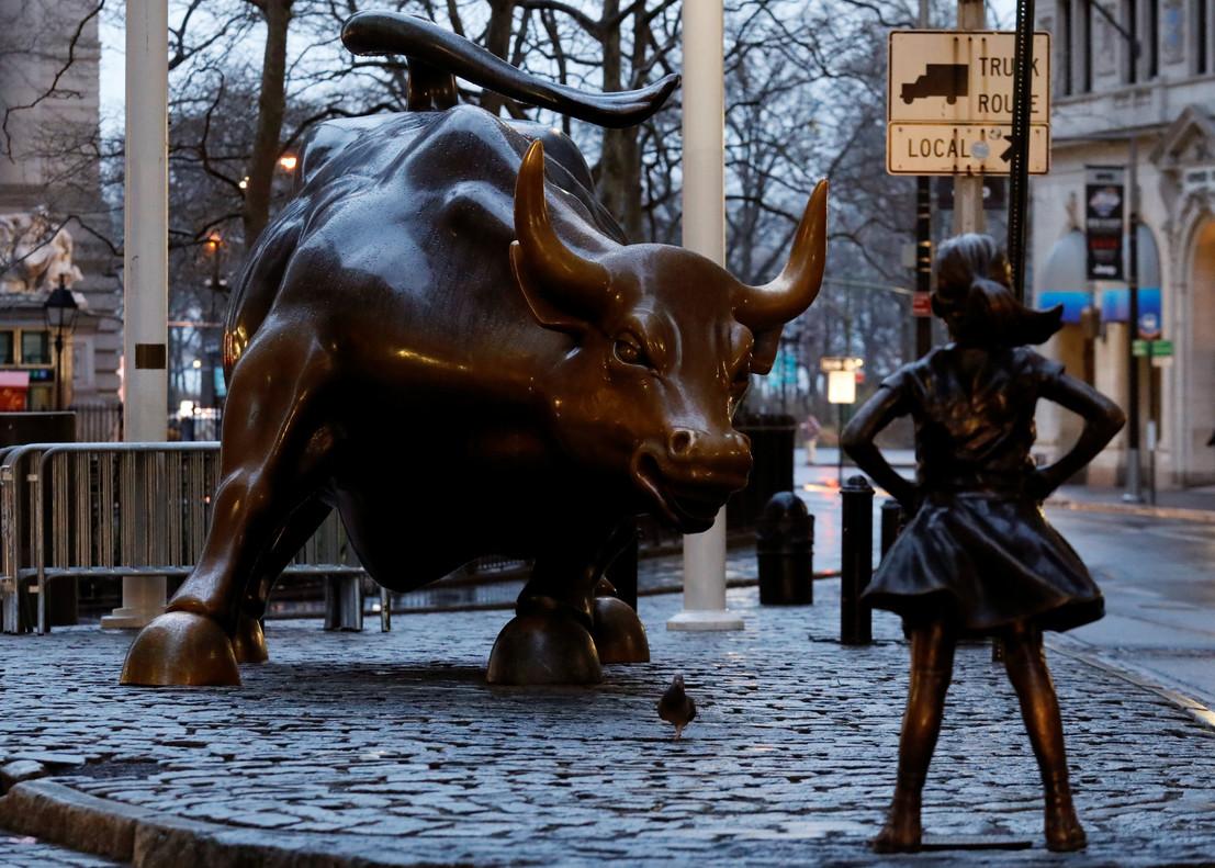 Introducción a los Derivados Financieros: Futuros, Warrants, CFD, OTC